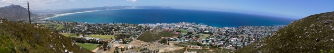 Hermanus Panorama.jpg